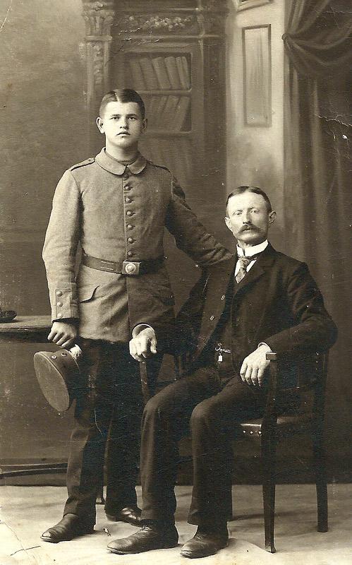 Jakob (+1906) und Wilhelm Becker (gefallen im 1. Weltkrieg)