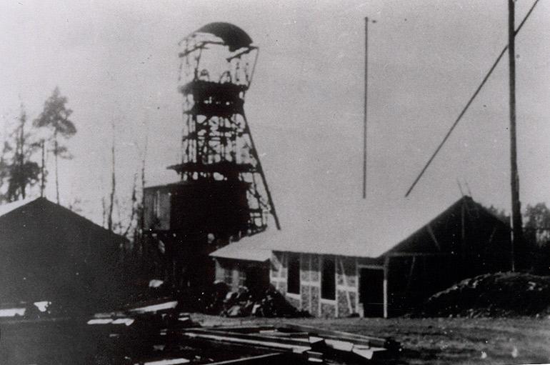 Förderturm der Grube Katzenschleife ca. 1910 (Quelle: Kreismedienzentrum)