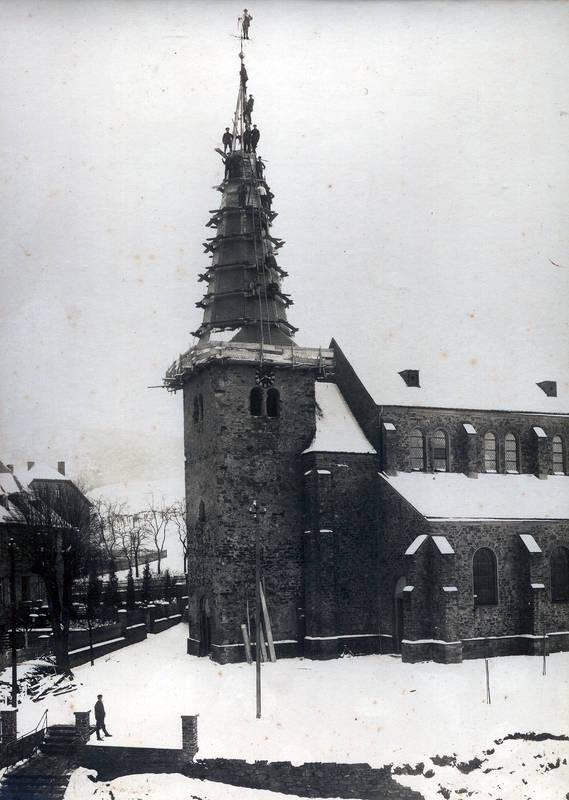Ohne Kran und Netz - Kirchturmreparatur 1926