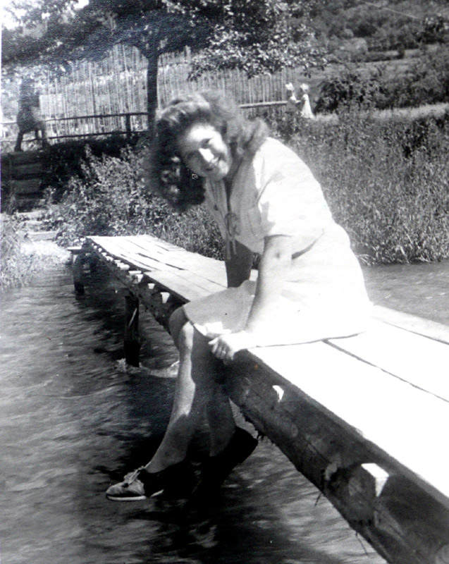 Et Nassen's Brückelsche ohne Statik on Jedöns - wie's früher einmal war mit Waltrudis Nassen (heute Zimmermann)