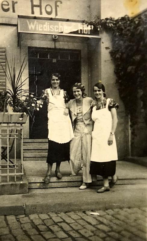Mia Pütz, Kurgast und Agnes Pütz um 1930