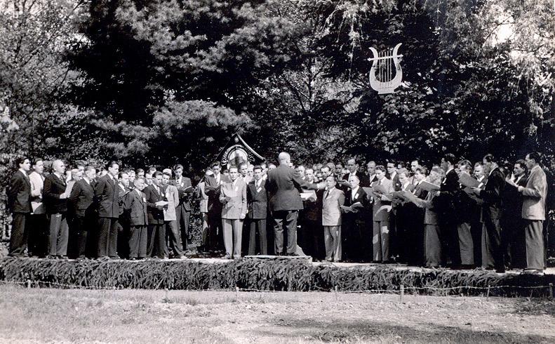 Sängerfest am Strandbad am 23.05.1954  MGV Wiedperle Waldbreitbach zusammen mit MGV Concordia Niederbreitbach